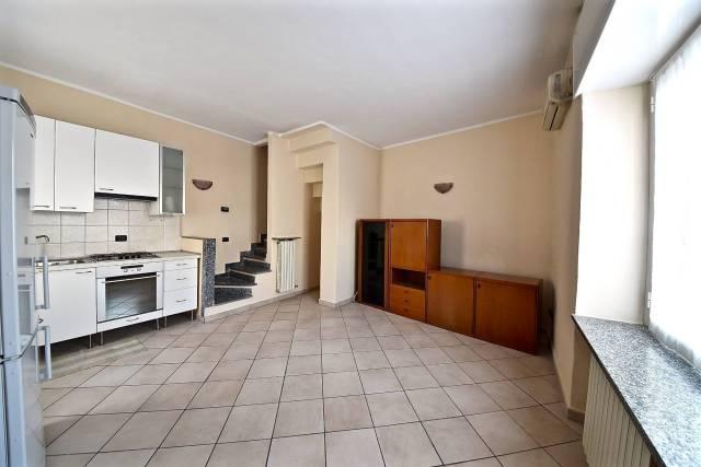 Appartamento in Vendita a Misinto: 3 locali, 70 mq