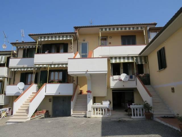 Appartamento in buone condizioni in vendita Rif. 6174472