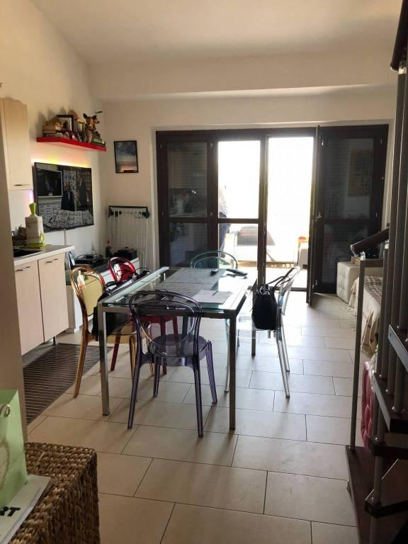Appartamento in ottime condizioni parzialmente arredato in affitto Rif. 7859250