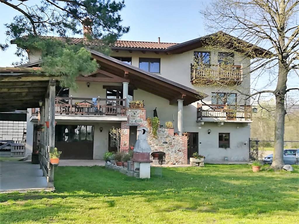 Foto 1 di Rustico / Casale Cascina Tivolera 5, Bollengo