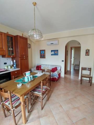 Appartamento in ottime condizioni arredato in vendita Rif. 6255778