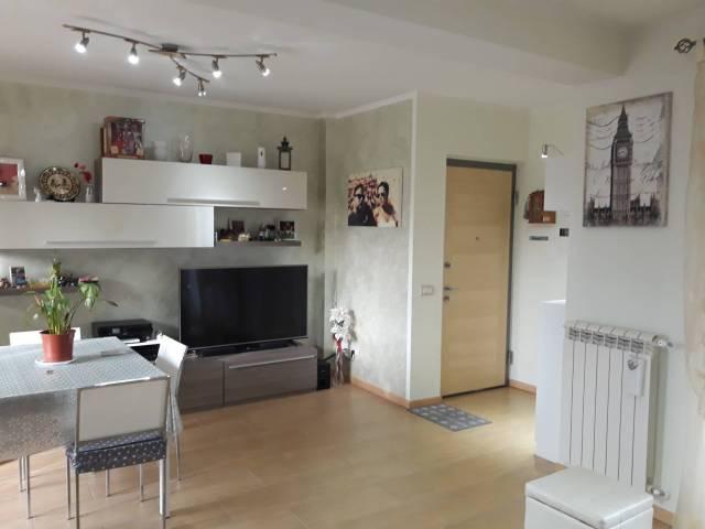 Appartamento in ottime condizioni arredato in vendita Rif. 6254344