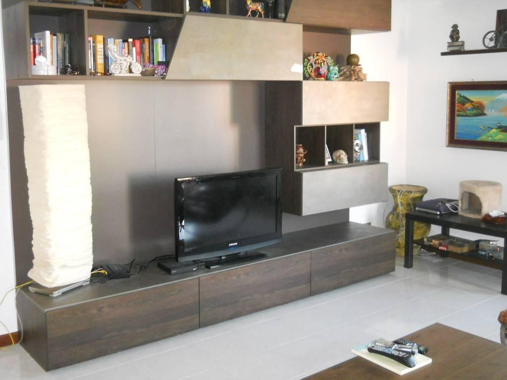 Appartamento in vendita a Saronno, 3 locali, prezzo € 195.000   PortaleAgenzieImmobiliari.it