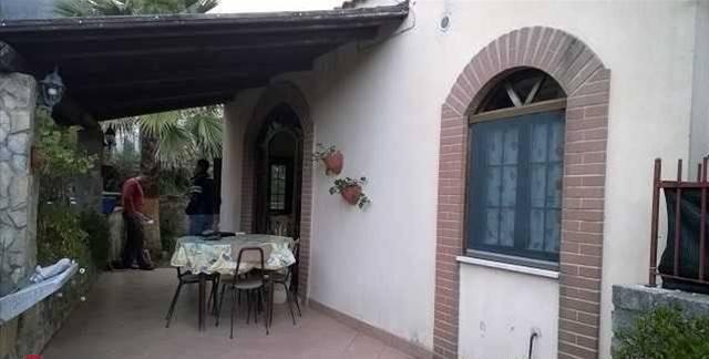 Casa Indipendente in ottime condizioni in vendita Rif. 6258355