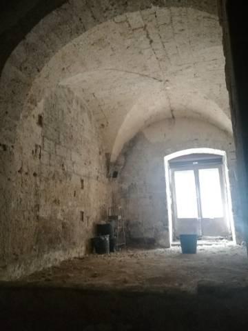 1034BA - Bari. locale commerciale in vendita, zona Murat