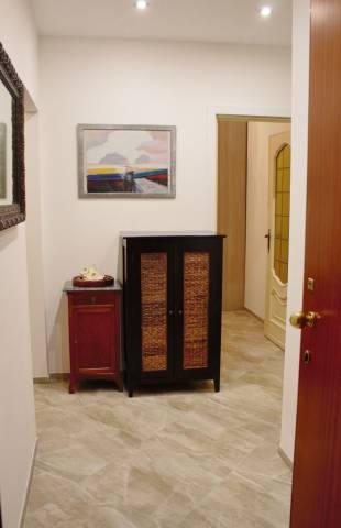 Appartamento in Vendita a Alassio Centro: 4 locali, 87 mq