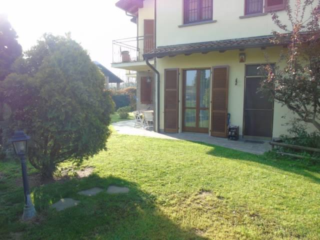 Appartamento in buone condizioni in vendita Rif. 6254234