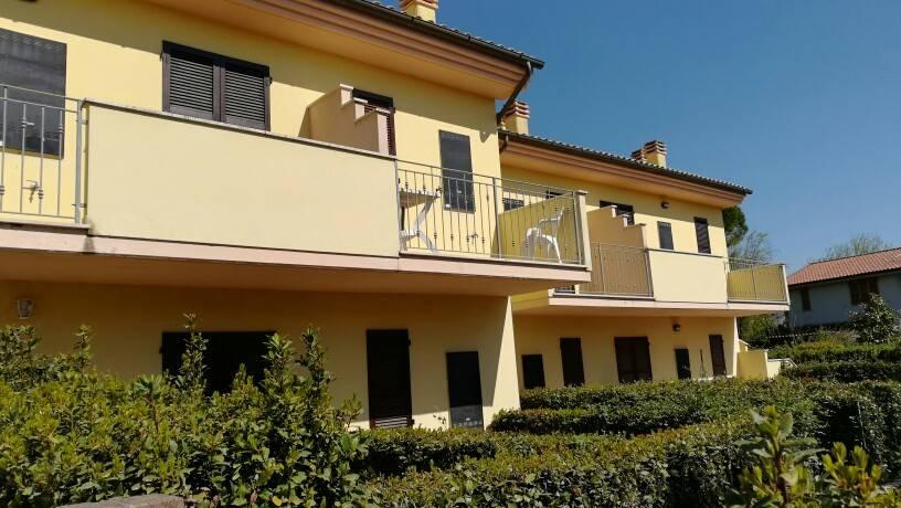 Appartamento in ottime condizioni arredato in vendita Rif. 5101348