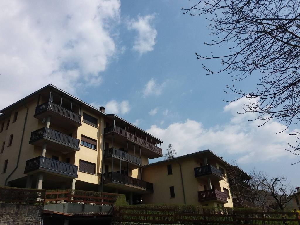 Appartamento in buone condizioni in vendita Rif. 7847717