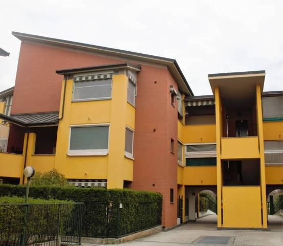 Appartamento in Vendita a Beinasco Centro: 4 locali, 120 mq
