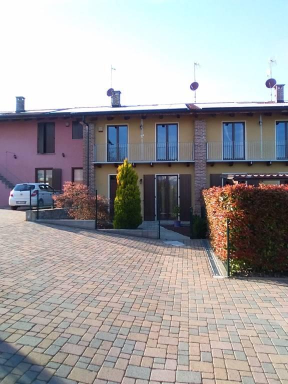 Foto 1 di Villetta a schiera via Cascina Colombaro, Cuneo