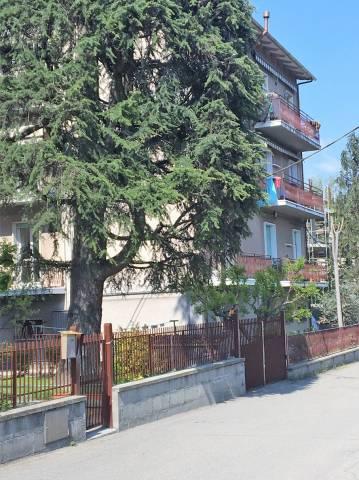 Appartamento in buone condizioni in vendita Rif. 6277936