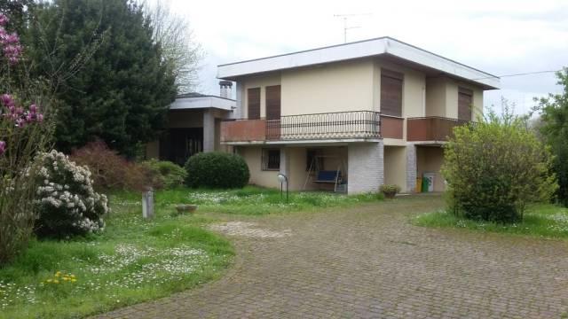 Villa in buone condizioni in vendita Rif. 6276859