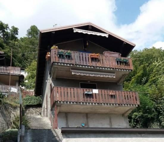 Villa bilocale in vendita a Vendrogno (LC)