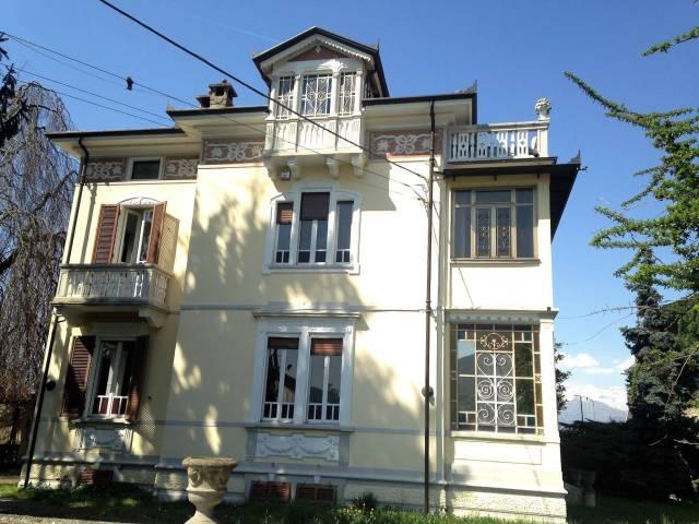 Appartamento in ottime condizioni arredato in affitto Rif. 6277134