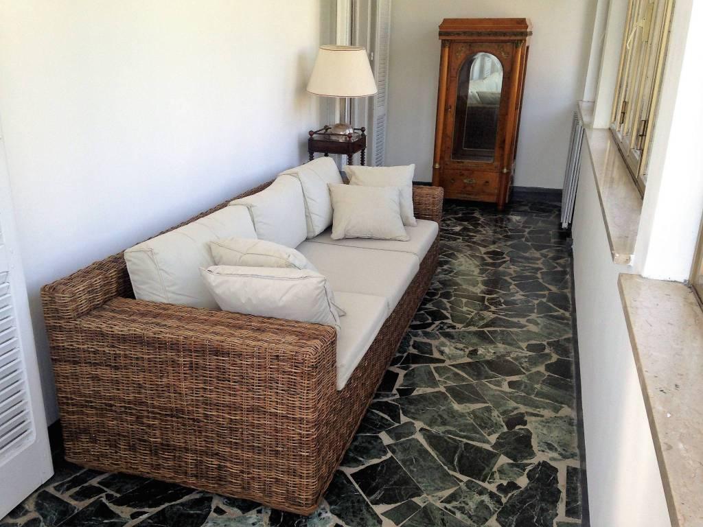 Appartamento in ottime condizioni arredato in affitto Rif. 6277135