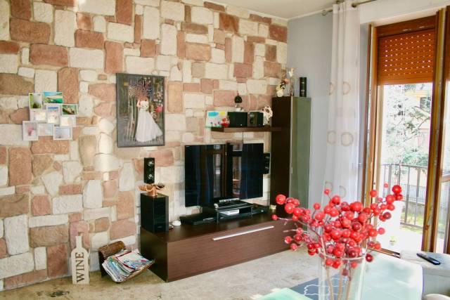 Appartamento in buone condizioni in vendita Rif. 6276111