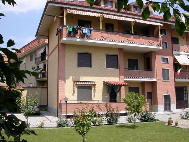 Appartamento in ottime condizioni arredato in affitto Rif. 6278809
