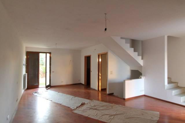 villa casa vendita arezzo di metri quadrati 284 prezzo 320000 nella zona di indicatore san giuliano via fiorentina rif 81