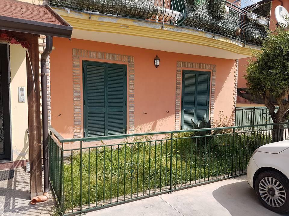Appartamento in ottime condizioni in affitto Rif. 8759087