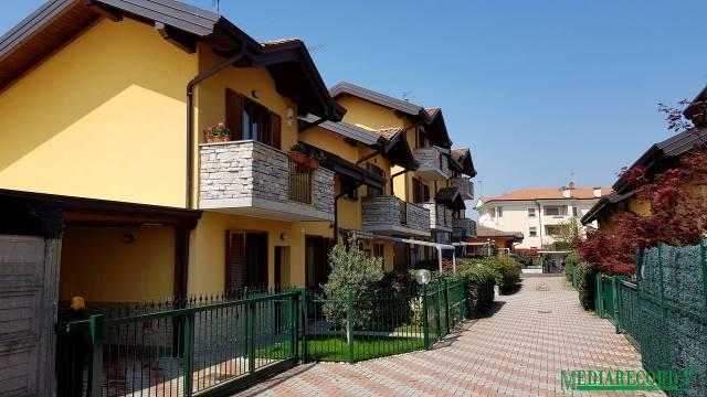 Appartamento in buone condizioni parzialmente arredato in vendita Rif. 6292582