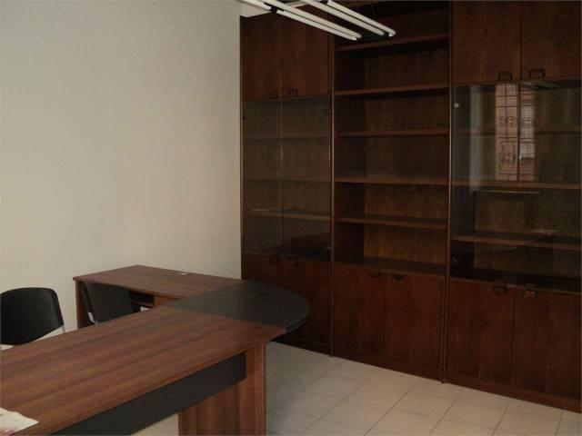 Ufficio / Studio in vendita a Asti, 3 locali, prezzo € 110.000 | CambioCasa.it