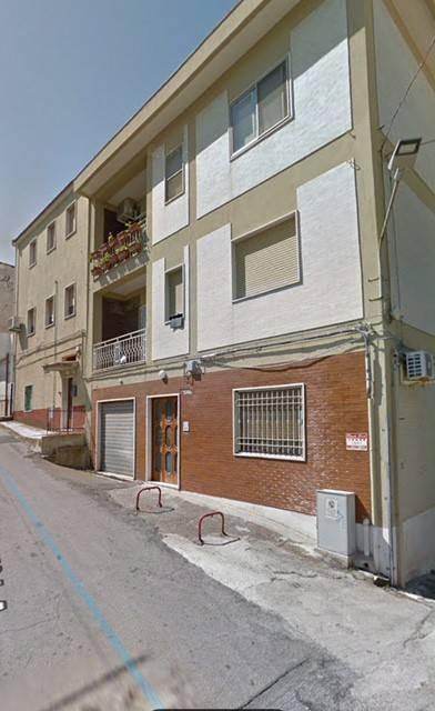 Appartamento in Vendita a Rodi Garganico: 3 locali, 90 mq