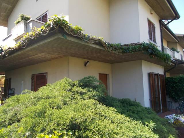 Villa a Schiera in Vendita a Bagnatica