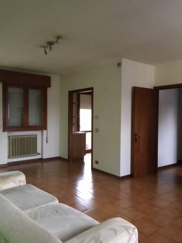 Appartamento in buone condizioni parzialmente arredato in vendita Rif. 6292858