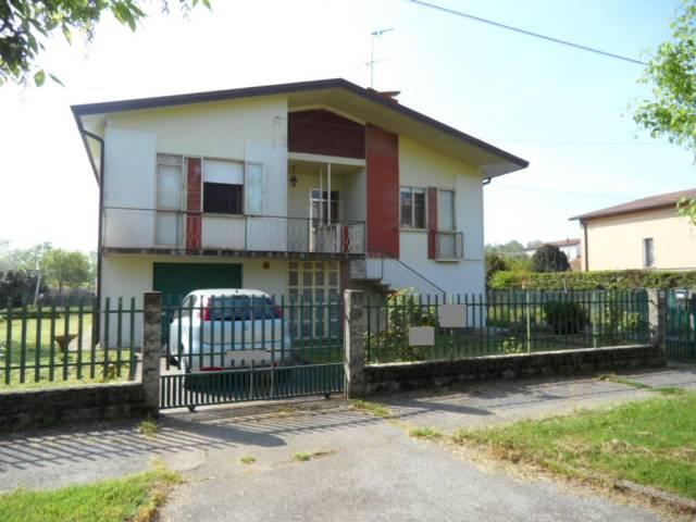 Villa in buone condizioni in vendita Rif. 6291246
