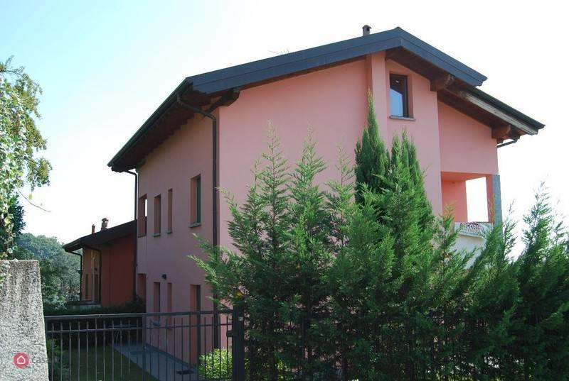 Appartamento in vendita a Lomagna, 4 locali, prezzo € 209.000 | PortaleAgenzieImmobiliari.it