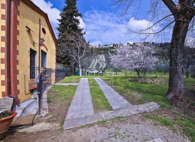 Appartamento in Affitto a Firenze Periferia Nord: 5 locali, 120 mq