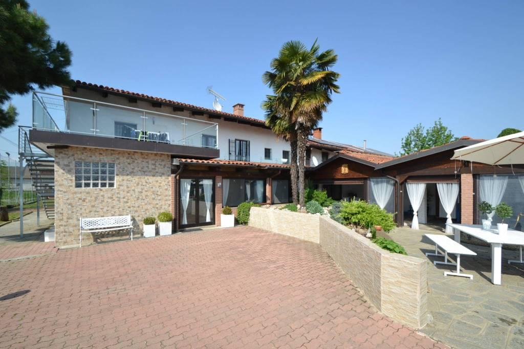 Foto 1 di Villa Regione Benne 2, Scalenghe