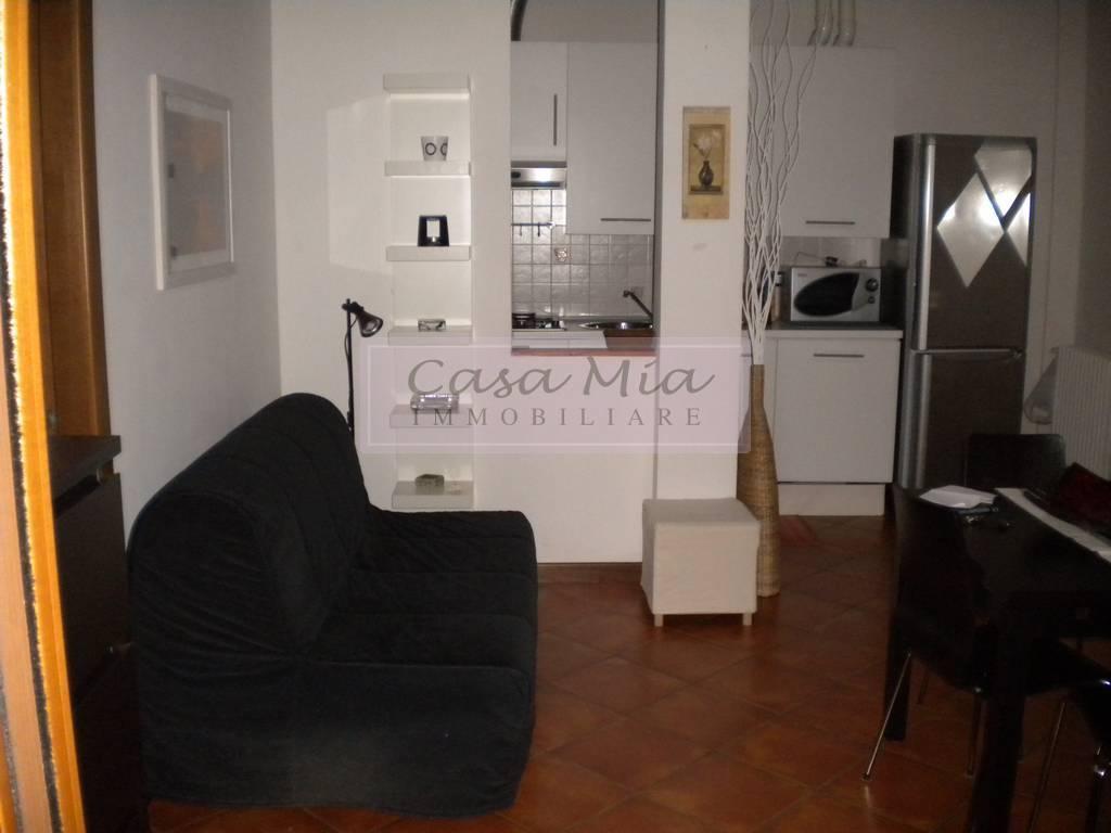 Attico / Mansarda in buone condizioni arredato in vendita Rif. 6296755