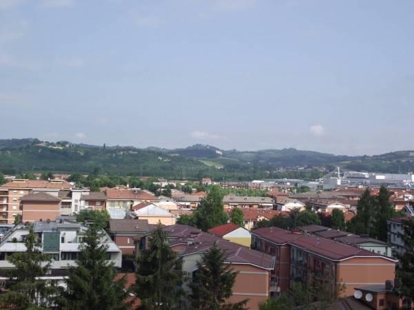 Magazzino in affitto a Alba, 2 locali, prezzo € 550 | PortaleAgenzieImmobiliari.it