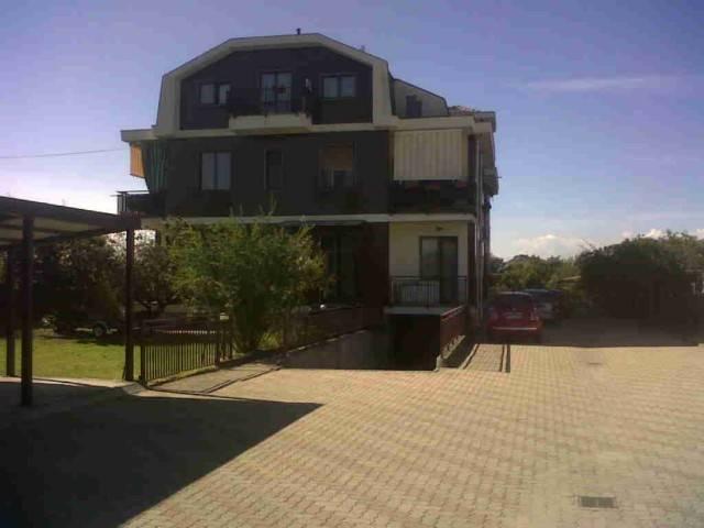 Appartamento in buone condizioni in vendita Rif. 6293139