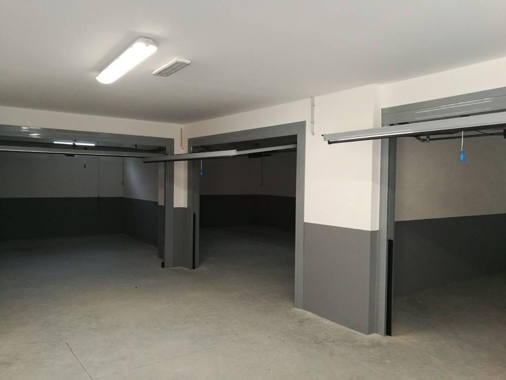 Foto 1 di Box / Garage via Sansobbia, Albissola Marina