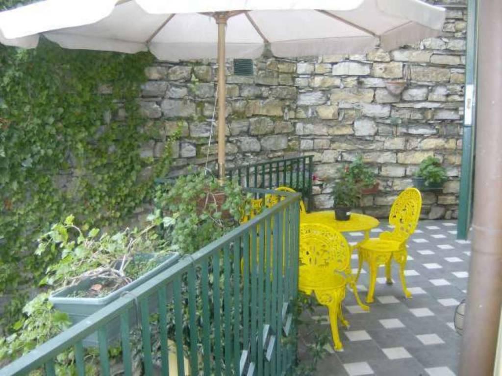 Appartamento in vendita a Camogli, 7 locali, prezzo € 380.000 | CambioCasa.it