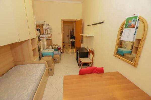 Appartamento in Vendita a Genova Centro: 3 locali, 80 mq