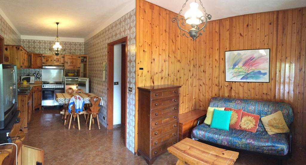 Appartamento in vendita a Brusson, 3 locali, prezzo € 150.000 | CambioCasa.it