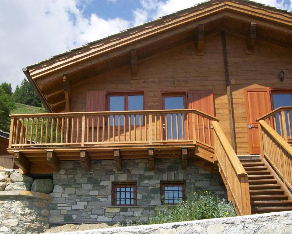 Villa in Vendita a Brusson