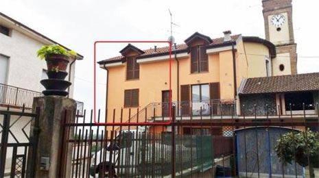 Appartamento in buone condizioni in vendita Rif. 7552728