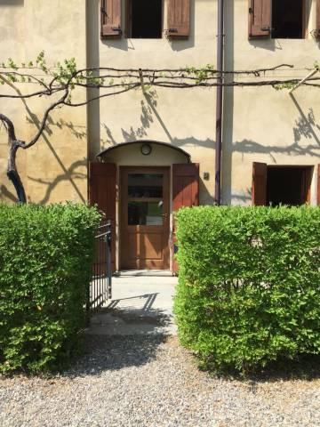 Appartamento in ottime condizioni in affitto Rif. 6310446