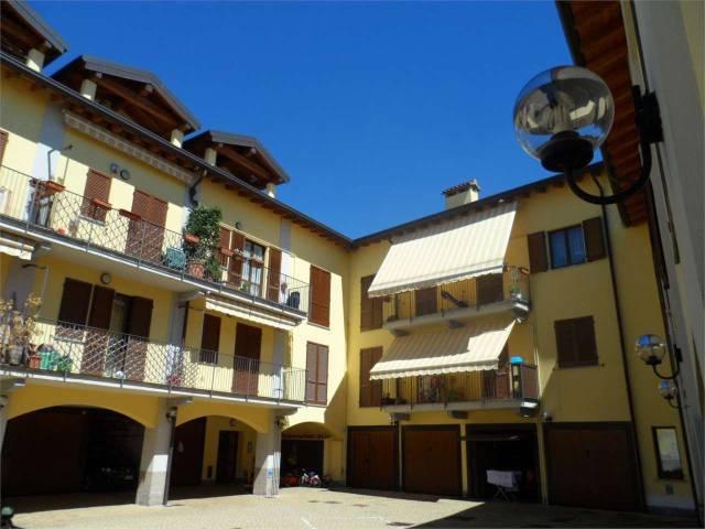 Appartamento in ottime condizioni in vendita Rif. 4602256