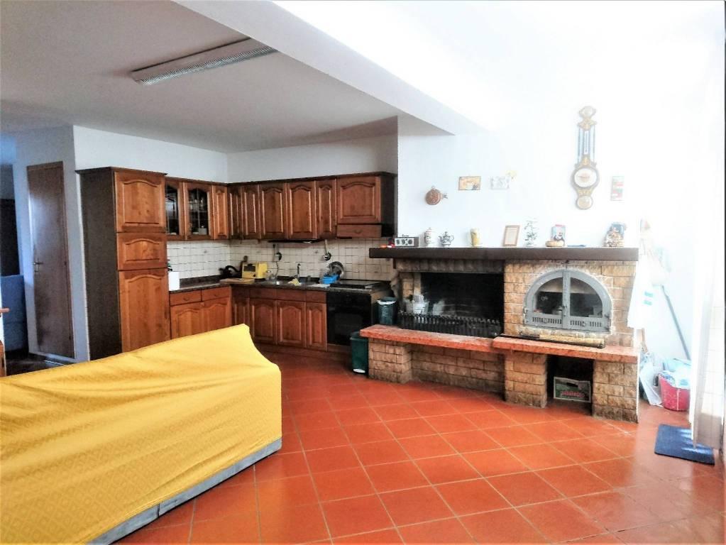 Villetta a schiera in ottime condizioni in vendita Rif. 7402147