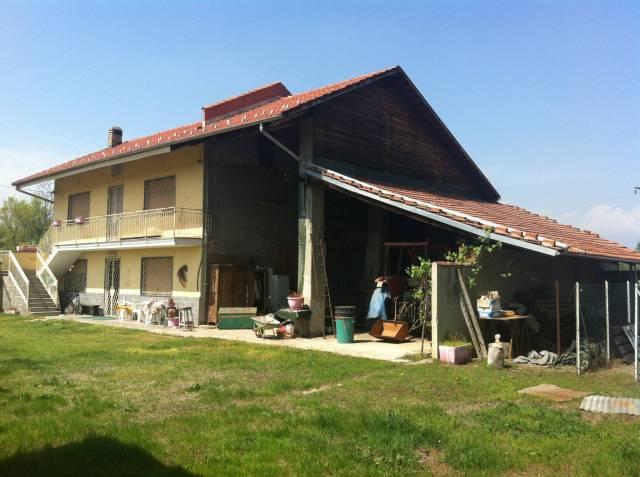 Rustico / Casale in buone condizioni in vendita Rif. 6276364