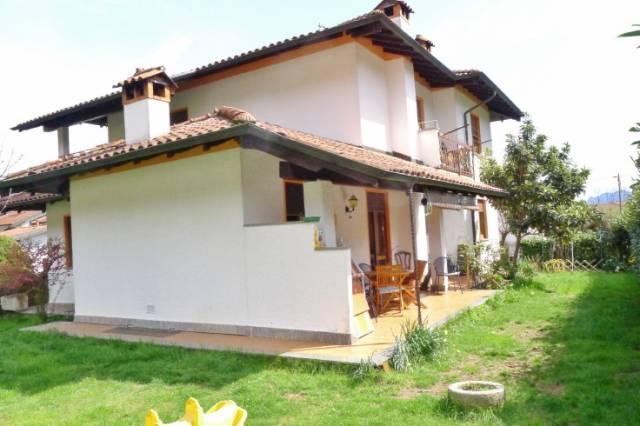 Villa in Vendita a Gravellona Toce Periferia: 5 locali, 215 mq