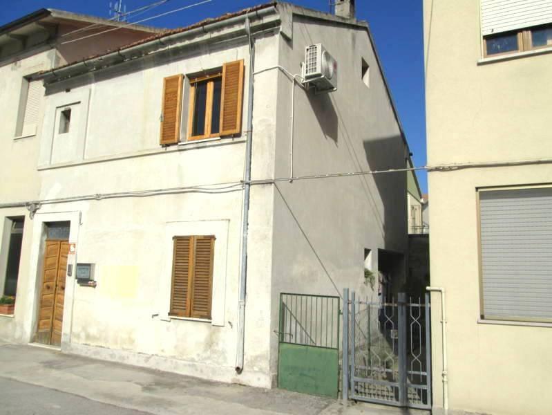 Casa Indipendente da ristrutturare in vendita Rif. 6327239