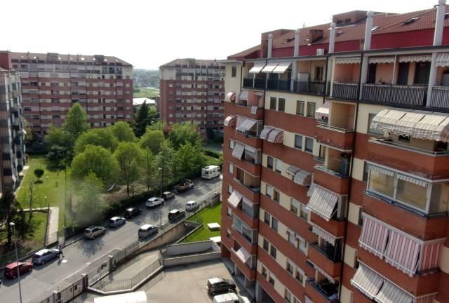 Appartamento in buone condizioni in vendita Rif. 6329139