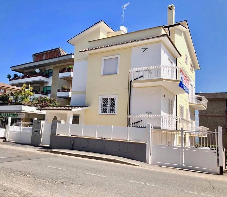 Appartamento in vendita Rif. 8913547